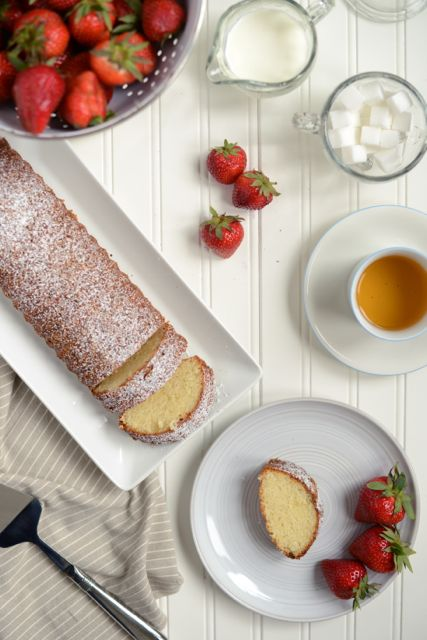 Scandinavian Almond Cake with Strawberries and Tea