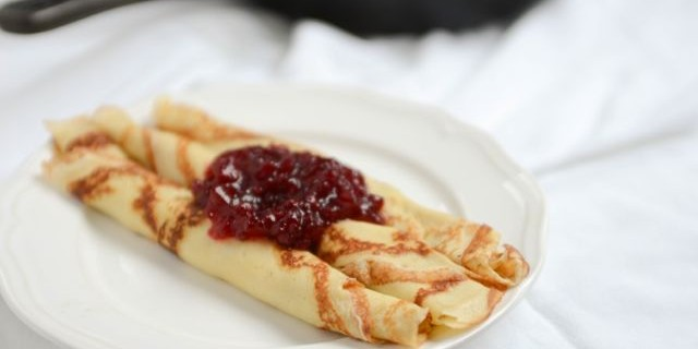 Pannekaker–Norwegian Pancakes–For Dinner